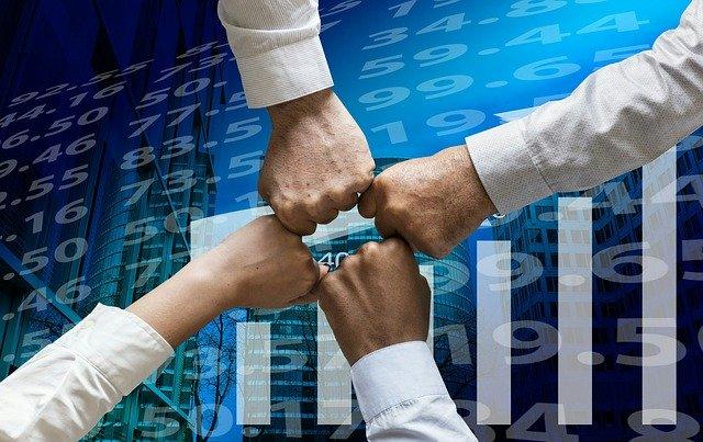 Popularne produkty finansowe: pożyczki, kredyty, obligacje. Co warto wiedzieć, jak wybierać?